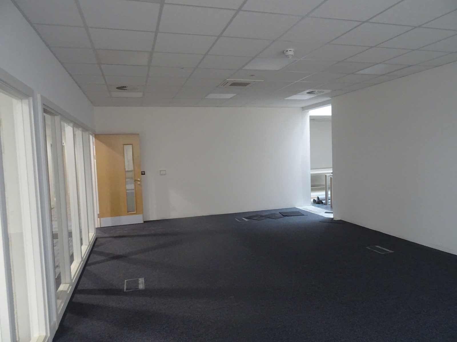 Internal view 2 - Pinewood Studios